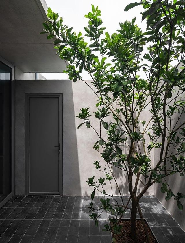 """Ngôi nhà """"lạ"""" với kiến trúc tối giản, nổi bật tại ngoại ô Hà Nội - 12"""