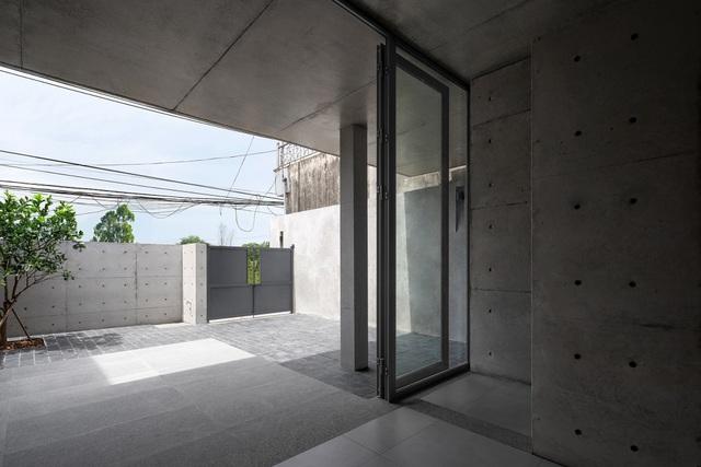 """Ngôi nhà """"lạ"""" với kiến trúc tối giản, nổi bật tại ngoại ô Hà Nội - 4"""
