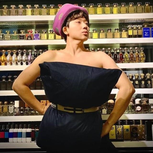 Sao Việt dùng gối, chăn làm váy - biến phòng ngủ thành sàn diễn - 4