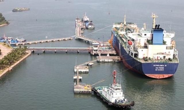 Chuyên gia: Nên tạm ngừng và cho nhập khẩu lại xăng dầu từ đầu tháng 7 - 1