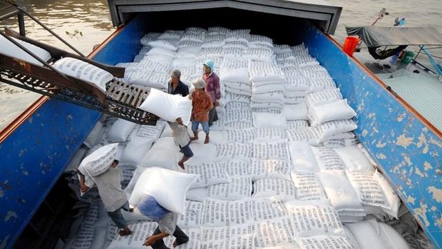 Nhiều doanh nghiệp xuất khẩu gạo phía Nam chưa thể đăng ký tờ khai hải quan - 1
