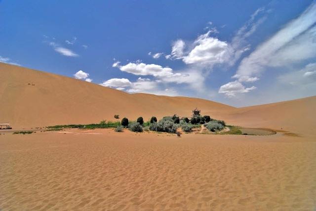 Bên trong ốc đảo 2.000 năm tuổi giữa sa mạc ở Trung Quốc - 6