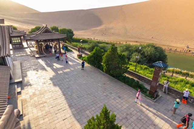 Bên trong ốc đảo 2.000 năm tuổi giữa sa mạc ở Trung Quốc - 7