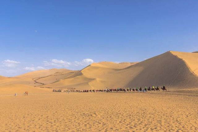 Bên trong ốc đảo 2.000 năm tuổi giữa sa mạc ở Trung Quốc - 10