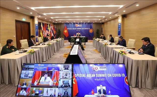 Thủ tướng: ASEAN cùng kề vai vượt qua khó khăn trong đại dịch COVID-19 - 2