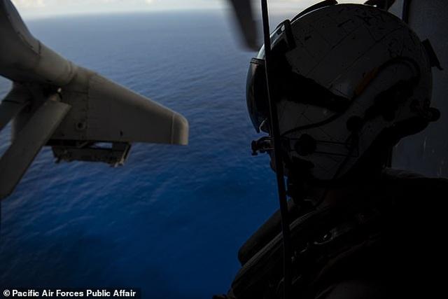 """""""Pháo đài bay"""" B-52 của Mỹ tập trận """"Voi đi bộ"""" - 7"""