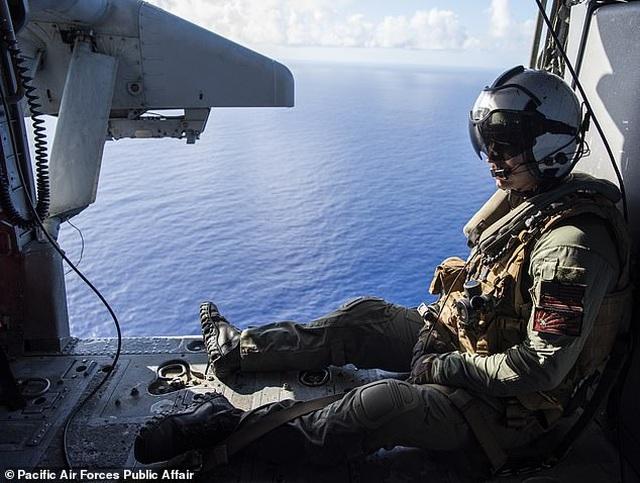 """""""Pháo đài bay"""" B-52 của Mỹ tập trận """"Voi đi bộ"""" - 5"""