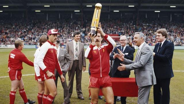 Dại dột đáp trả huyền thoại Liverpool, Pogba nhận lại cay đắng - Ảnh minh hoạ 3