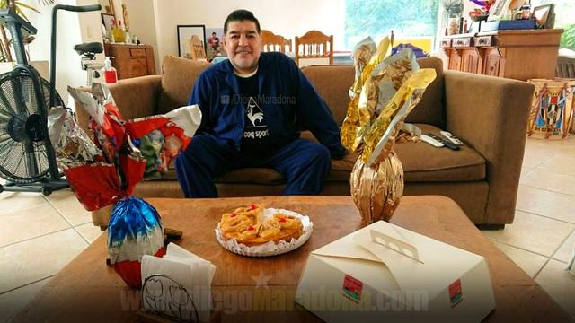 Maradona gửi lời chúc sức khoẻ đến mọi người giữa mùa dịch Covid-19 - 1