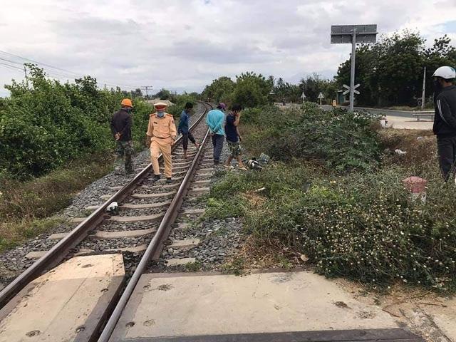 Cố vượt đường sắt, một phụ nữ bị tàu hỏa tông tử vong - 1