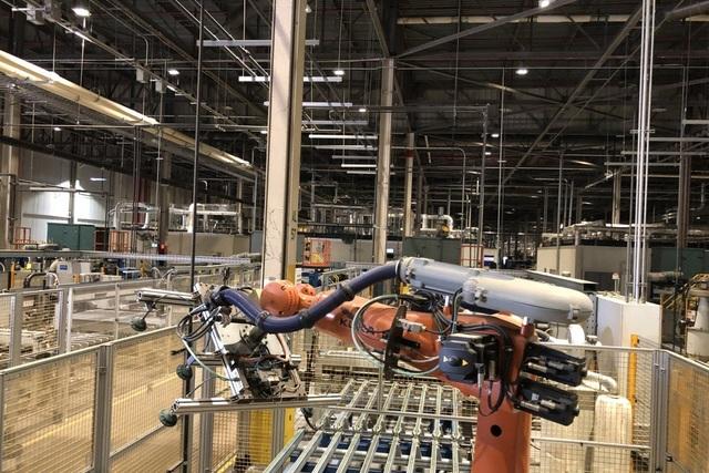 Covid-19 chấm hết vai trò chuỗi cung ứng toàn cầu số 1 của Trung Quốc? - 1