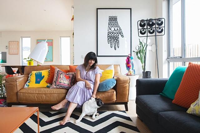 Ngôi nhà đầy màu sắc khiến vạn người mê của nữ họa sỹ người Úc - 1