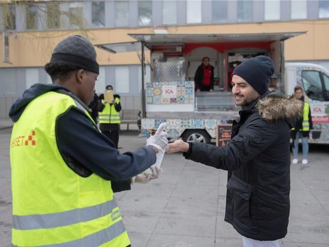 Thụy Điển: Quốc gia duy nhất không cách ly trong đại dịch covid-19 - 9