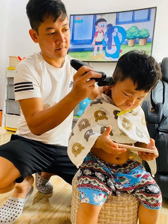 Sao Việt trổ tài... cắt tóc trong mùa dịch Covid-19 - 6