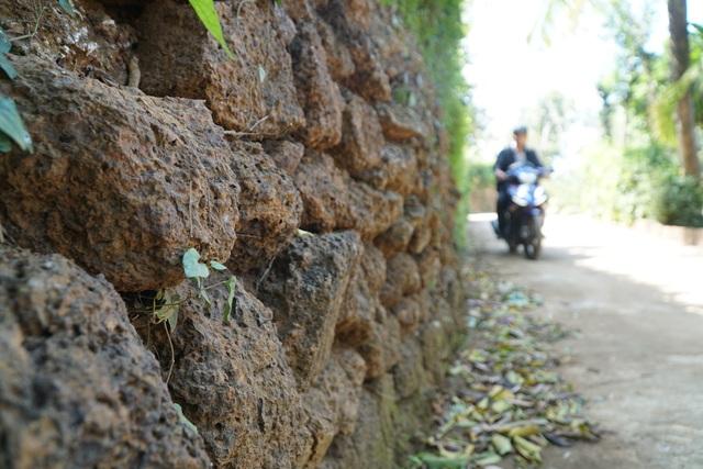 Độc đáo kiến trúc đá ong ở Vạn Tường - 6
