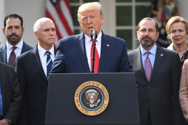 Mỹ: Gần 35.000 người chết vì Covid-19, ông Trump ra kế hoạch mở cửa trở lại - 1