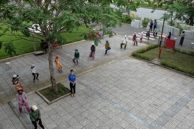 """""""ATM gạo"""" nghĩa tình ở Trường CĐ Du lịch Đà Nẵng - 2"""