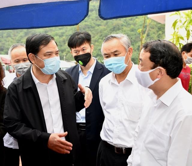 Bộ trưởng Nông nghiệp: Phía Nam tạm dừng đưa nông sản lên Lạng Sơn - 2
