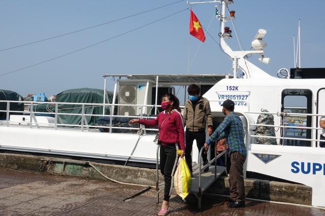 Tàu khách xuất bến ra Lý Sơn sau thời gian nằm bờ cách ly - 5