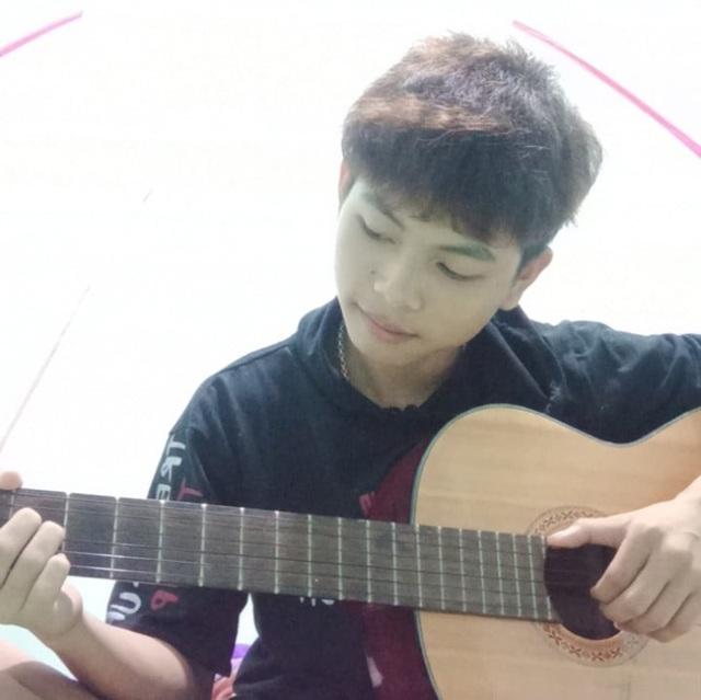 Học sinh Hà Tĩnh chế bài hát cổ động chống dịch Covid-19 - 2