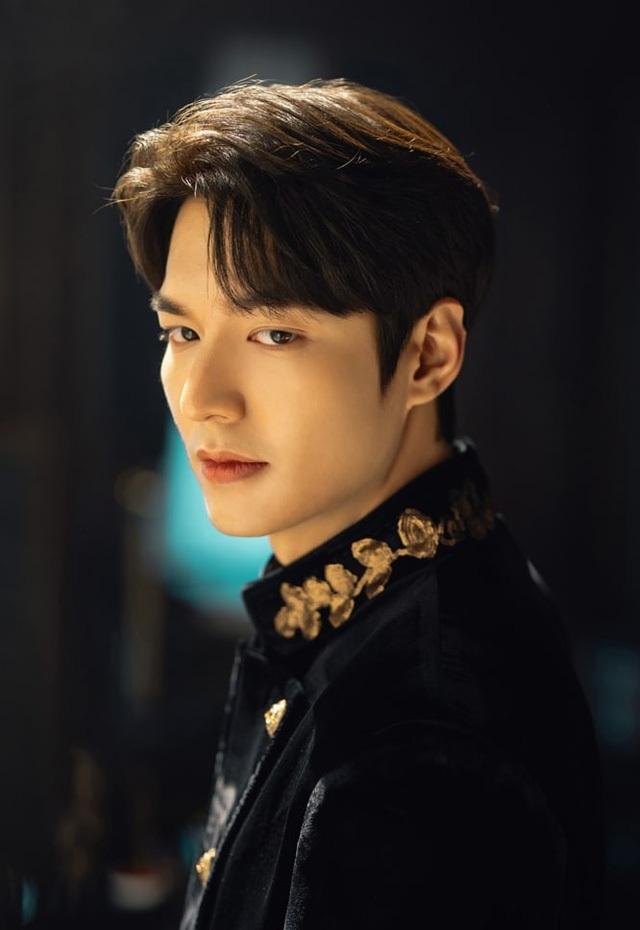 """Tại sao Lee Min Ho lựa chọn """"Quân vương bất diệt"""" để tái xuất? - 4"""