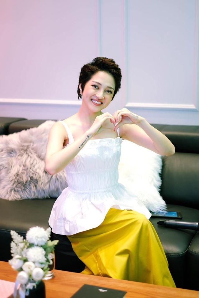 Kỳ Duyên, Minh Triệu, Lan Ngọc... cắt túi giấy làm váy cực kì gợi cảm - 7