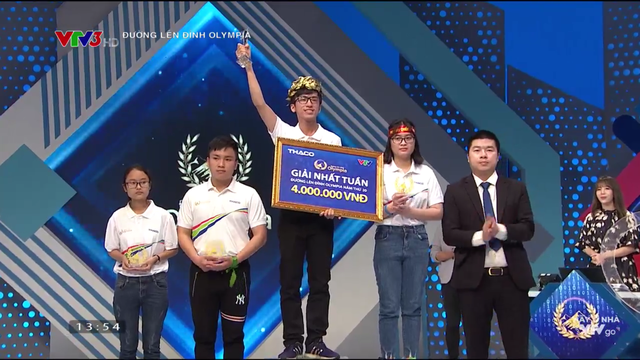 Nam sinh Khánh Hòa ghi liền 2 kỷ lục Đường lên đỉnh Olympia năm thứ 20 - 4