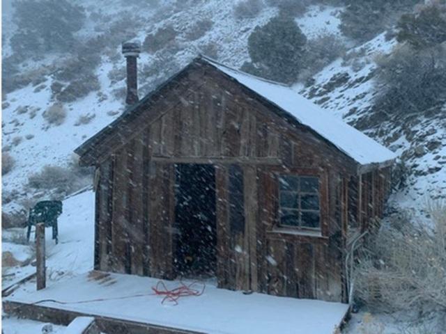 """Cách ly bất đắc dĩ ở """"thị trấn ma"""" tuyết phủ - 8"""
