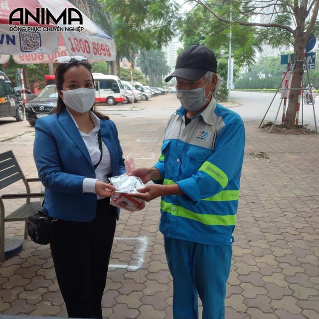 Anima Uniform hỗ trợ 10.000 khẩu trang cho người dân phòng dịch Covid-19 - 4