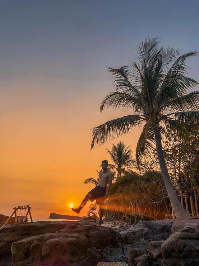 14 ngày trăng mật trên đảo hoang sơ của cặp vợ chồng Hà Tĩnh - 11