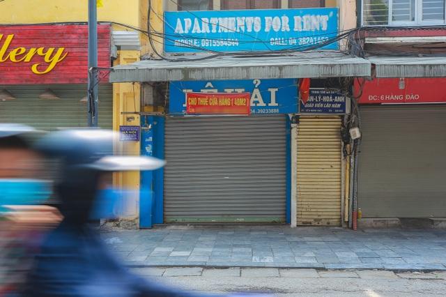 Loạt cửa hàng ở Hà Nội trả mặt bằng, chủ nhà méo mặt tìm khách thuê - 4