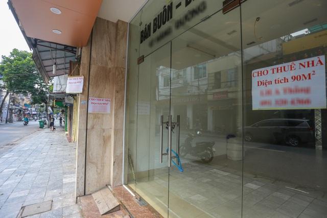 Loạt cửa hàng ở Hà Nội trả mặt bằng, chủ nhà méo mặt tìm khách thuê - 5