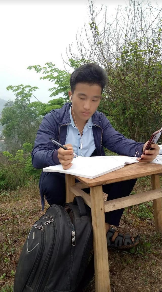 Cảm phục sự hiếu học của đôi bạn thân cô gái Thái và chàng trai H'Mông - 2