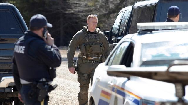 Xả súng tại Canada, hơn 10 người thiệt mạng - 1
