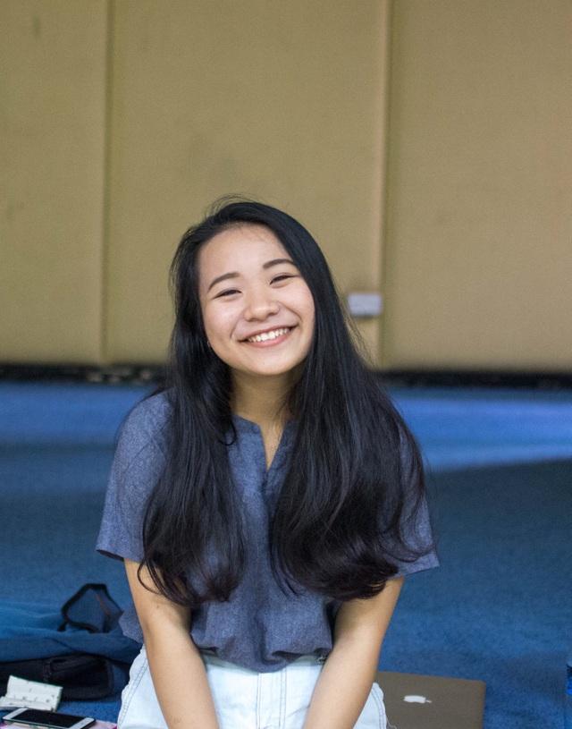 """Viết luận """"tôi là một phi công"""", nữ sinh Đà Nẵng nhận học bổng 5,6 tỉ đồng - 1"""