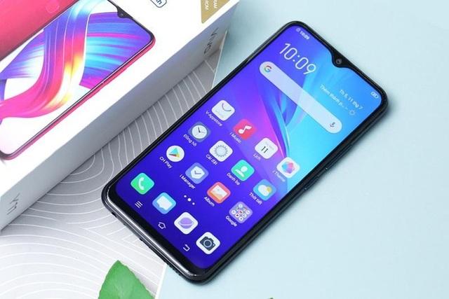 Loạt smartphone màn hình lớn, pin khoẻ dưới 3 triệu đồng - 2