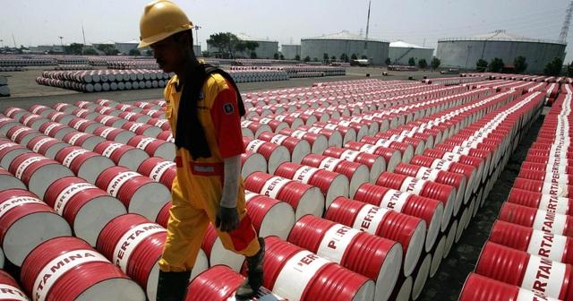 Chính quyền ông Trump bối rối không biết làm sao khi giá dầu xuống mức âm - 2