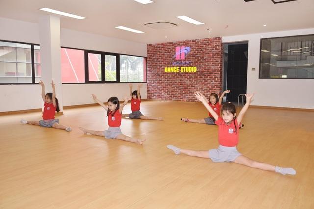 Trường liên cấp ở Hà Nội miễn 100% học phí mùa dịch - 3