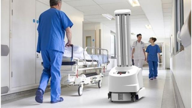 Đại dịch COVID-19 sẽ khiến quá trình robot thay thế con người nhanh hơn? - 2
