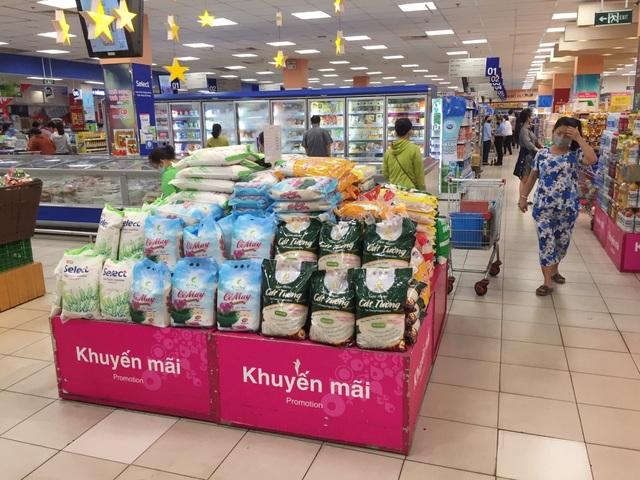"""Vụ gạo thường nghi """"đội lốt"""" gạo Nhật: Co.opmart tạm ngừng bán gạo Sakura - 1"""
