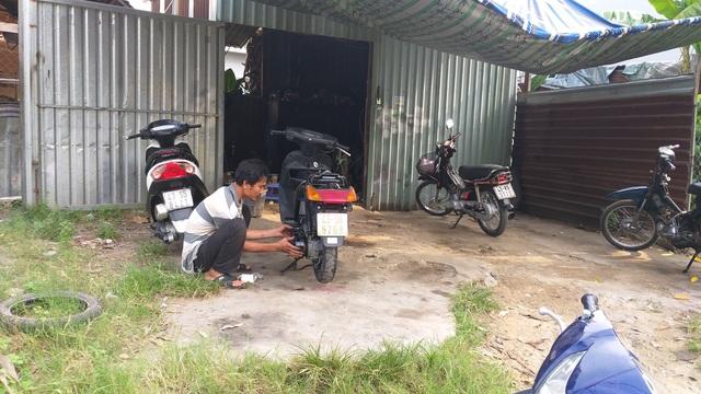 Đà Nẵng: Lao động sửa xe, hớt tóc... được hỗ trợ thiệt hại do Covid-19 - 3