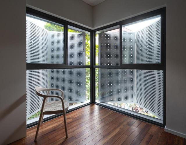 Ngôi nhà có nhiều cửa sổ ở Hà Nội xuất hiện ấn tượng trên báo Mỹ - 5
