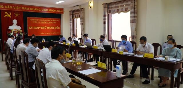 Quảng Trị lần đầu tiên tổ chức họp HĐND trực tuyến - 2