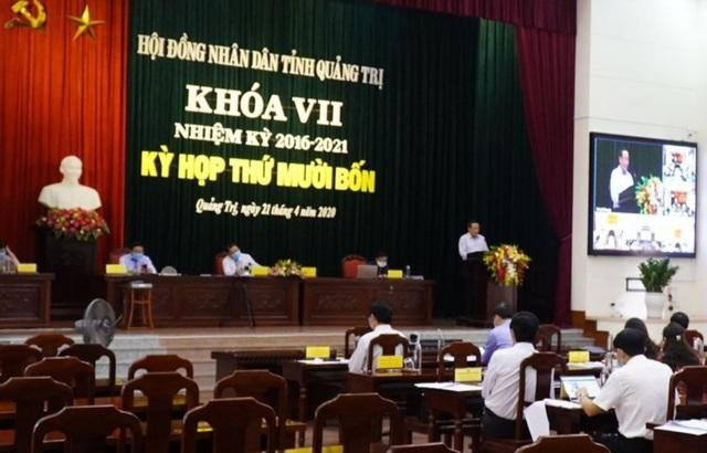 Quảng Trị lần đầu tiên tổ chức họp HĐND trực tuyến - 3