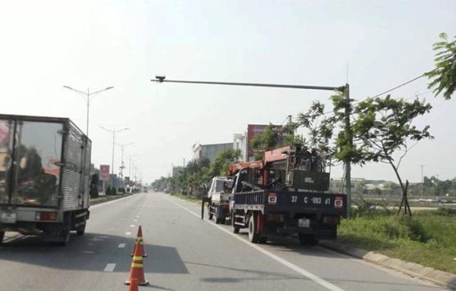 Hà Tĩnh lắp thêm 24 mắt thần giám sát giao thông trên QL1A - 3