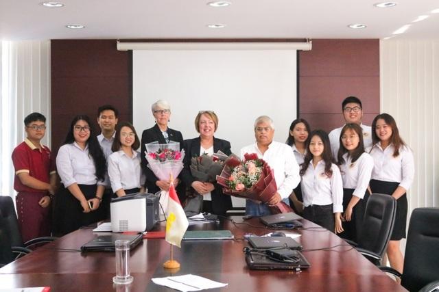 Trường đại học đầu tiên ở Việt Nam đạt kiểm định của IACBE - 4