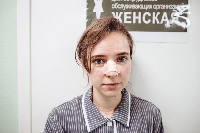 Bác sĩ Nga: Cuộc chiến không súng đạn chống Covid-19 đáng sợ hơn nhiều - 3