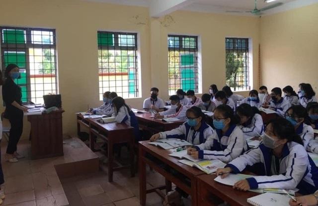 Thanh Hóa: Tuyển dụng hơn 300 giáo viên các trường THPT công lập - 1