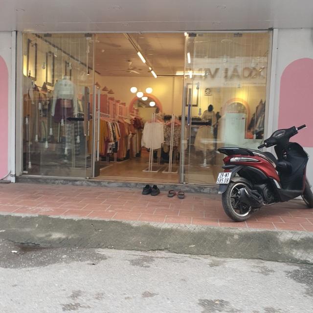 Chưa chính thức nới lỏng, nhiều cửa hàng đã mở toang cửa kinh doanh - 6