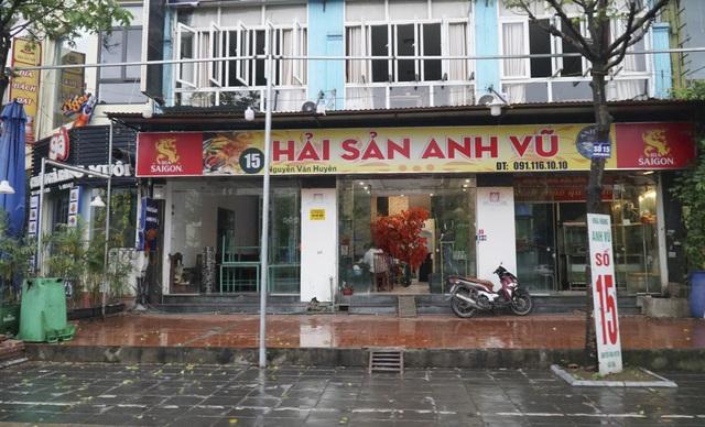 Hà Nội: Các cơ sở kinh doanh tất bật dọn dẹp để mở cửa trở lại - 9